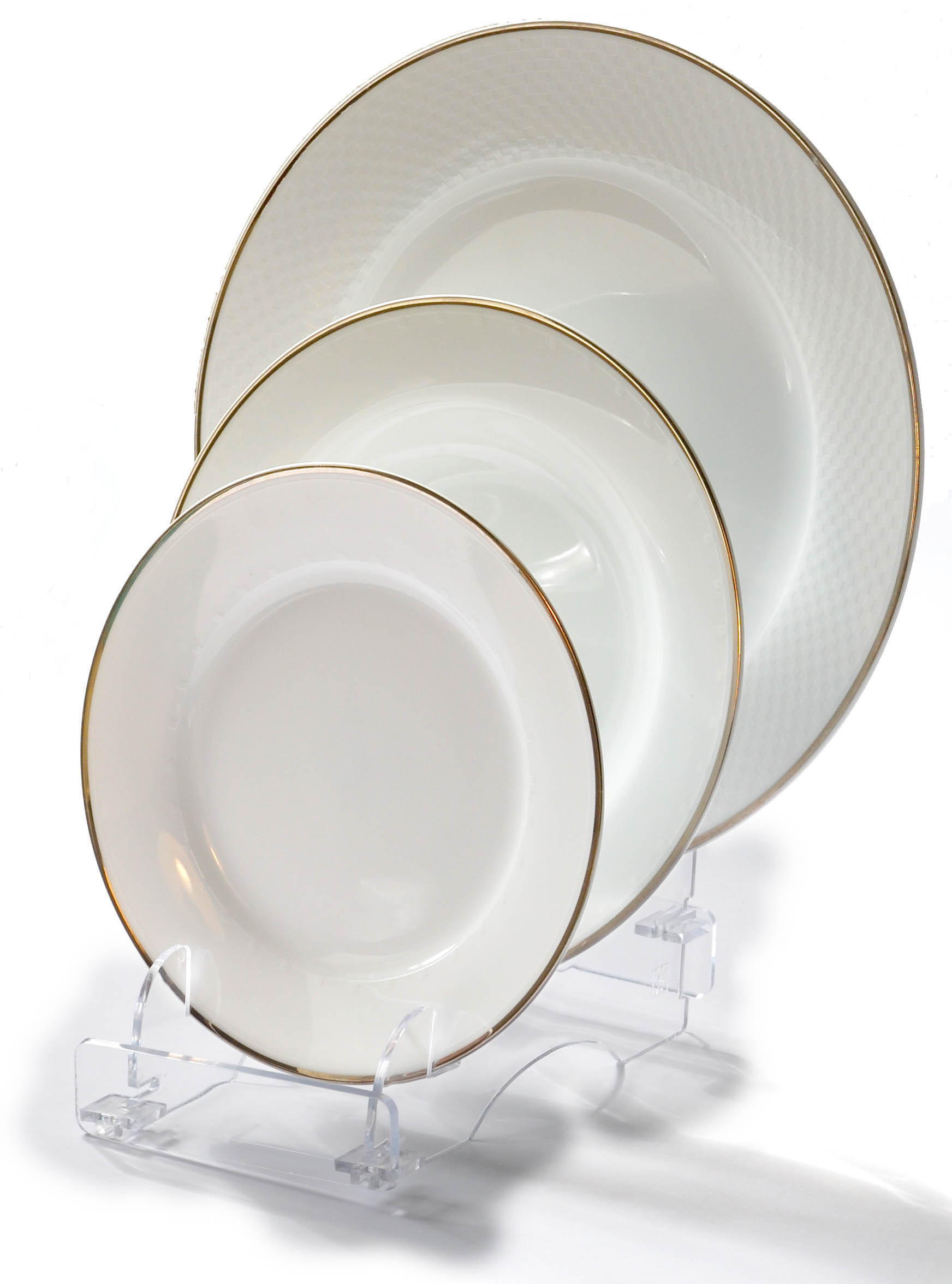Dinnerware Display Stands Plate Display Ideas 30 | websiteformore.info